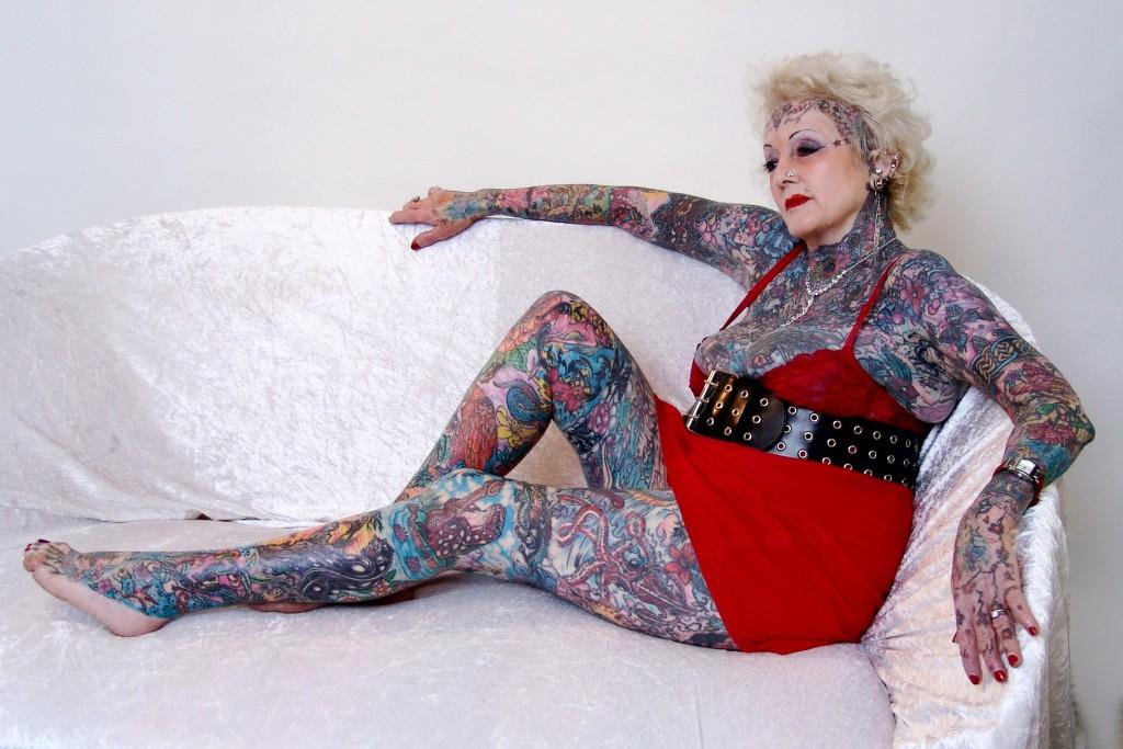 Isobel Varley, cea mai tautată pensionară din lume