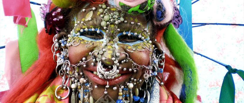 Elaine davidson intim piercings